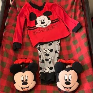 Toddler boy's pj and slippers